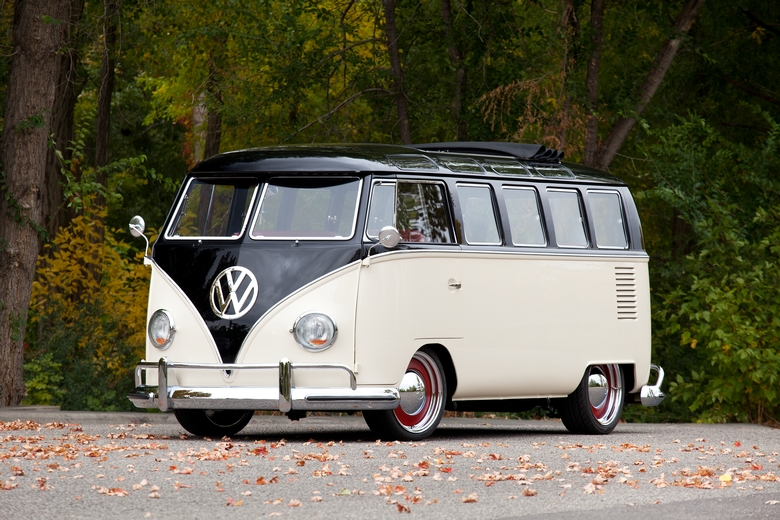 Kindig-It '65 VW Bus