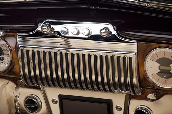 1947 Kindig Cadillac Chrome Dash