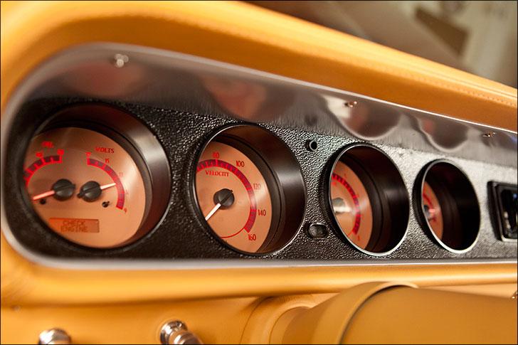 Kindig GTO Dash