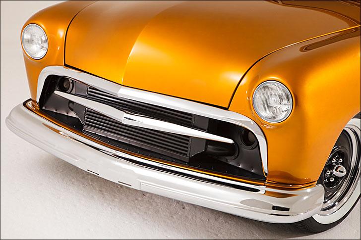 Street Rodder '51 Ford Shapely Body