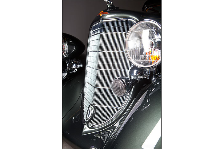 Motor Market 1934 Dodge: Grill and Headlights