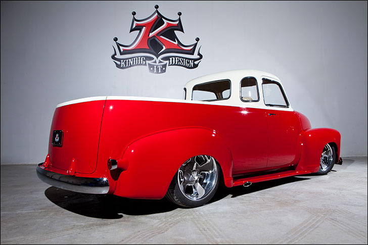 Kindig-It 1950's Chevy: GM Futurliner Restoration