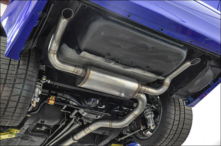 Six Degrees 1958 Camaro: Under body