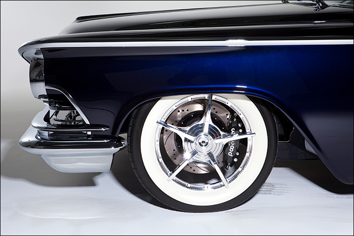 Kindig '59 Buick Invicta: White-walled wheels