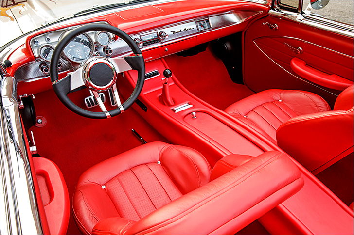 Street Rodder '57 Chevy: Interior Modernities