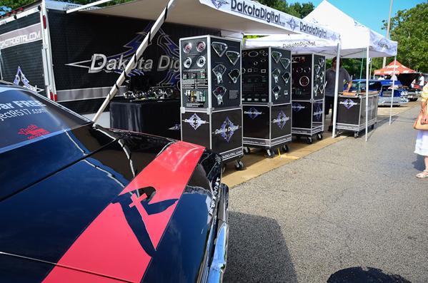Dakota Digital Booth