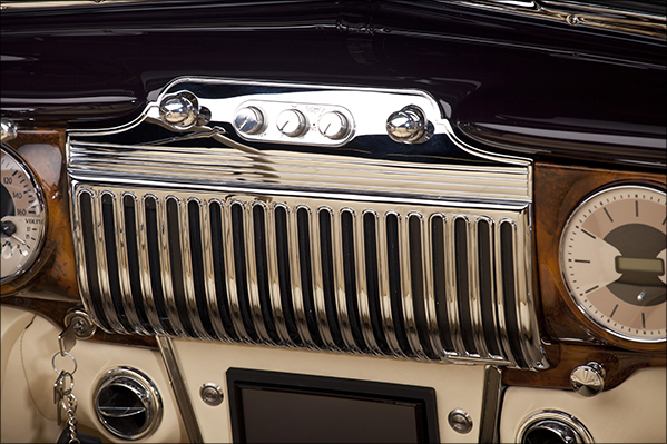 1947 Kindig Cadillac Chrome Dash