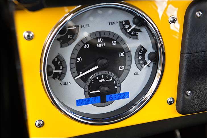 1969 Ford Bronco VHX-66F-BRO Dakota Digital gauge system