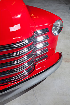 Kindig-it 1950 Chevy: Details and talent