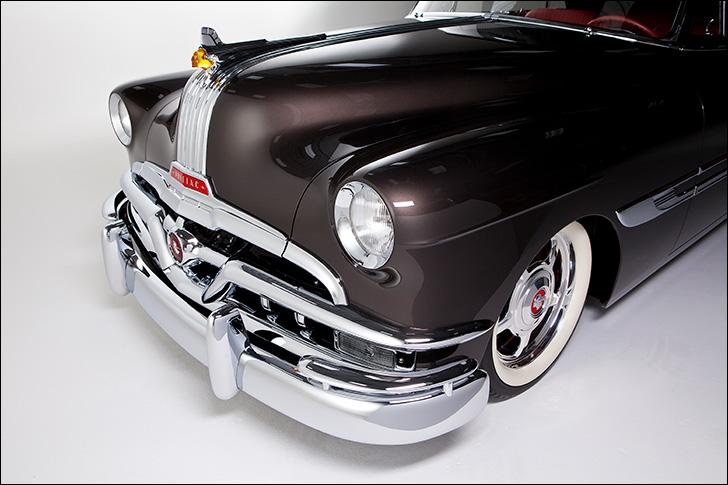 Motor Market Kindig-It '52 Pontiac: Classy parts