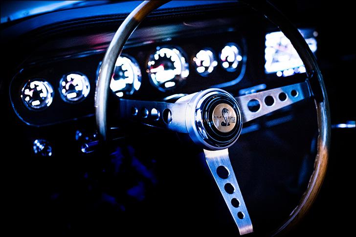 Revology Cars '66 Mustang: Era-mixing