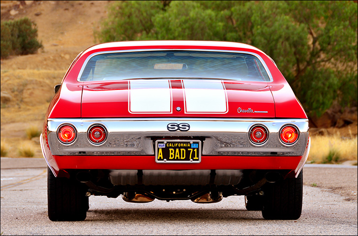 Charles McClendon '71 Chevelle: Tailights