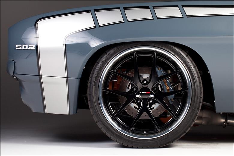 Kindig '69 Camaro: Stripes