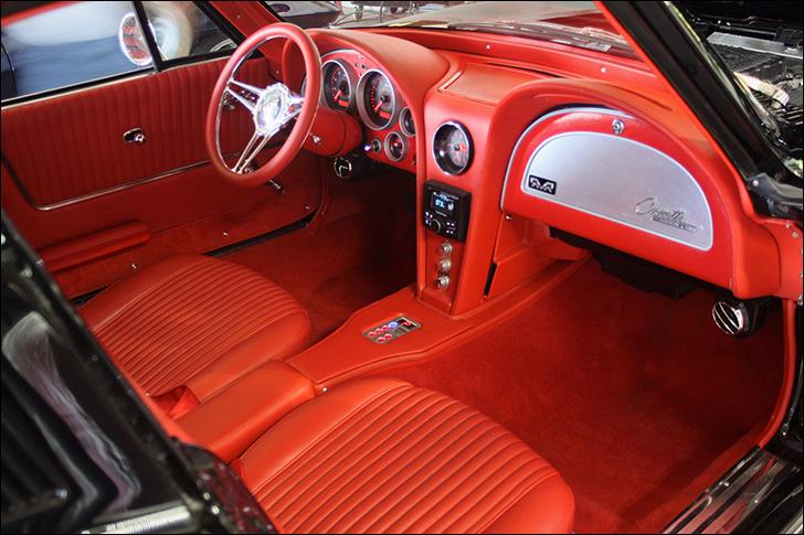 1963 RMR Dreamcars Corvette: Interior