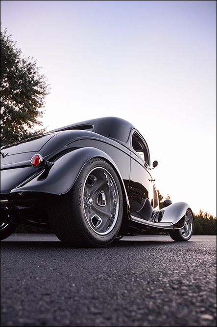 Lokar 1934 Ford Coupe: Swing a Deal